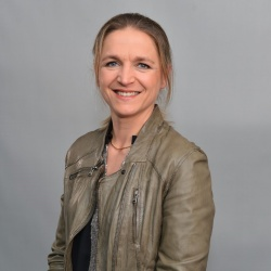 Emmanuelle Lapouille